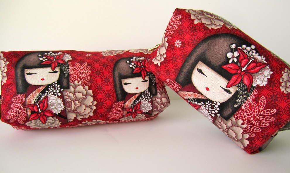 handmade cosmetic accessory bags by sakata